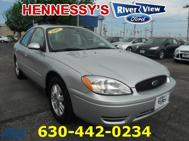 Used Ford Taurus SEL