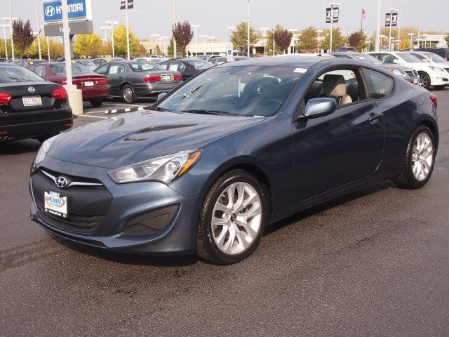 New Hyundai Genesis Coupe 2.0T Premium