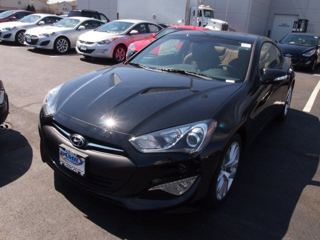 New Hyundai Genesis Coupe 3.8 Grand Touring